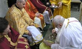 Глава УГКЦ обмив ноги 12-ти священикам