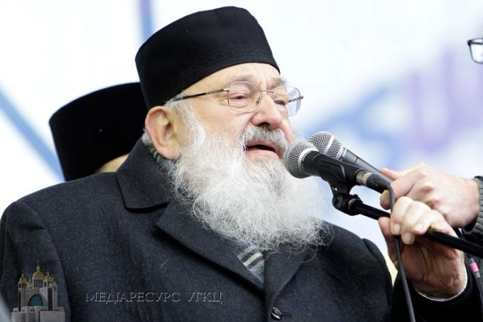 На Євромайдані відслужили Божественну літургію та почули слово Блаженнішого Любомира (Гузара)