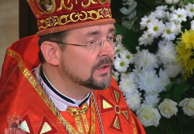 """""""Хто відкидає хрест, той не може зустріти правдивого Ісуса"""", – владика Богдан (Дзюрах) на Хрестопоклінну неділю в Патріаршому соборі"""